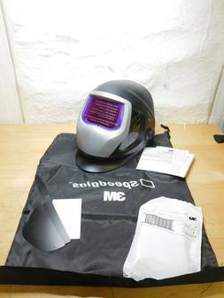 Black/Silver Auto Darkening Welding Helmet, 06-0100-30SW, 3M
